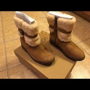 Women's Ugg Blarye II boots